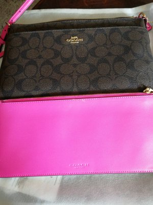 Coach Clutch raspberry-red-pink leather