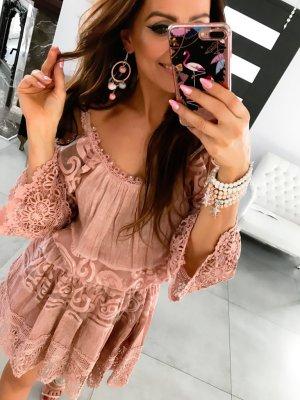 Coachella Tunika schulterfrei Häkel Spitze Hippie Kleid Boho Lace Carmenausschnitt Sommerkleid Ibiza Abendkleid knielang Blogger Kleid passend bei S-L