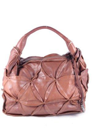 Coccinelle Handtasche braun Street-Fashion-Look