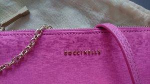 Coccinelle Pochette aus Saphiano- Leder (pink)