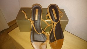 coccinelle sandalen neu und mit origenal karton