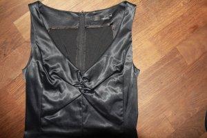 Cocktail-Kleid aus schwarzem Satin