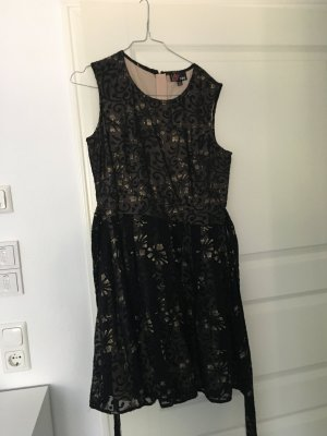 Cocktailkleid / Abendkleid