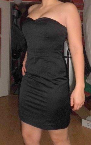 Cocktailkleid in schwarz, Größe 38