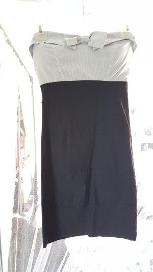 Cocktailkleid in schwarz/weiß mit Schleife