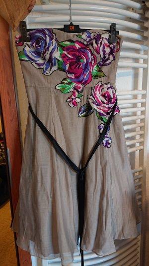 Cocktailkleid mit Blumen, trägerlos