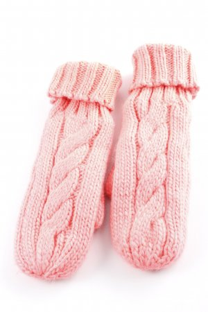 Codello Mittens neon pink cable stitch casual look
