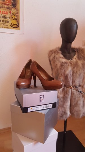 Cognac farbene Plateau Pumps *made in italy*