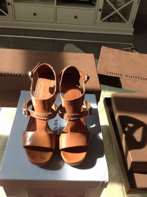 Cognac farbenen Sandaletten von Prada 39