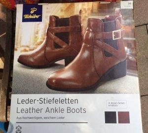 Cognacfarben Leder-Stiefeletten
