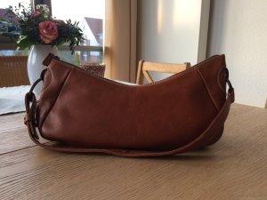 Cognacfarbene Handtasche aus Echtleder von Marc O'Polo