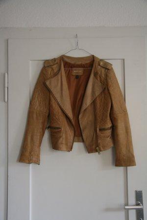 cognacfarbene kurze Echtleder-Biker-Jacke von Mango