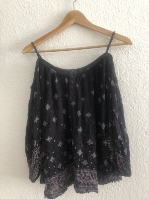 Cold shoulder Bluse Urban Outfitters