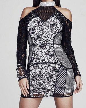 Cold Shoulder Kleid