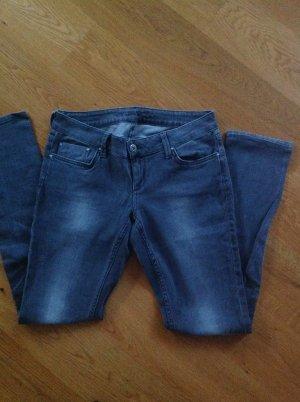 Colin's Jeans Gr. 31/32 grau und stretchig