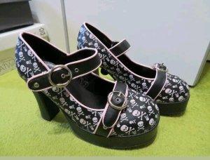 colle Heels mit Blockabsatz schwarz mit Rosa Totenköpfen