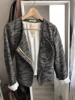 College Blazer mit schönen Details