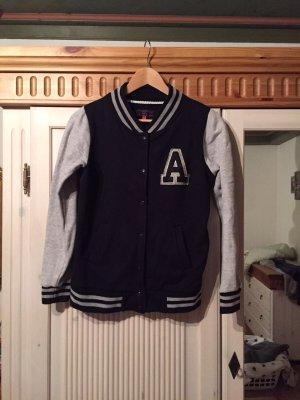 College-Jacke in dunkelblau/grau von ASOS