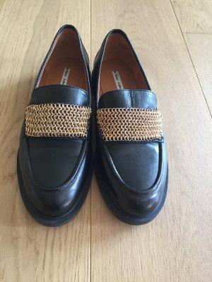 College Schuhe im 90er Jahre Look