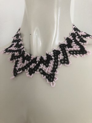 Collier Necklace black-light pink