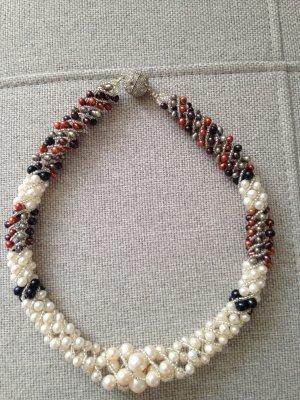 Collar estilo collier naranja oscuro-blanco puro