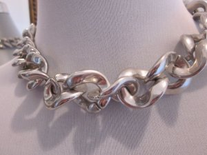 Link Chain light grey synthetic material