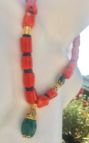 Collier Koralle Azurite Anhänger Chrysocolla