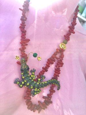 Collier Koralle Jade Anhänger Vintage Krokodil Brosche