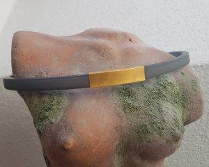 Collier doré-gris anthracite