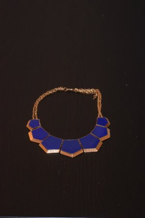 Color for your outfit - blue robust necklace