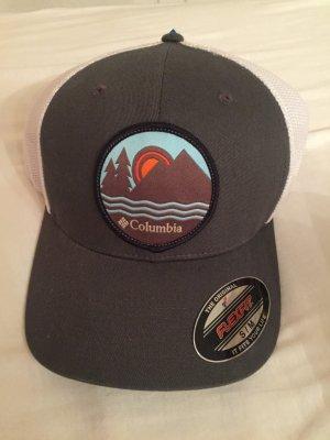 Columbia FlexFit Cap