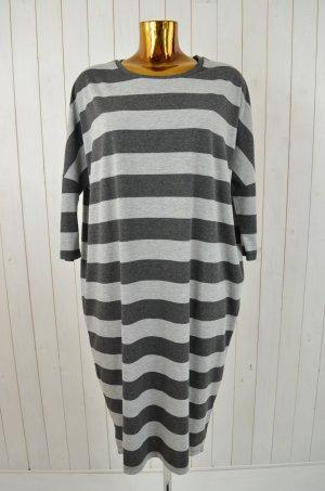 COMFY COPENHAGEN Damen Kleid T-Shirt Kleid Kurzarm Viskosegem. Gestreift Gr.S/M