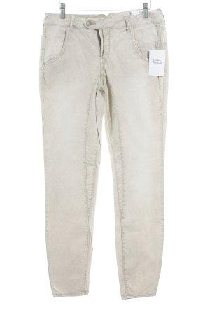 Comma Boyfriend Trousers cream casual look