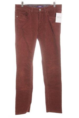 Comma Pantalon en velours côtelé rouille style décontracté