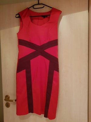 Comma Vestido ceñido de tubo rojo-púrpura