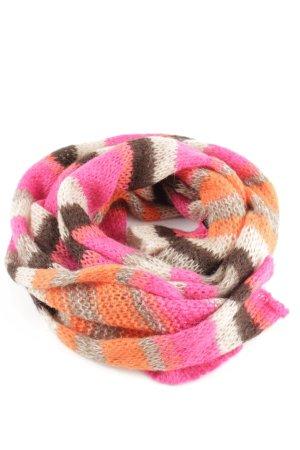Comma Crochet Scarf striped pattern casual look