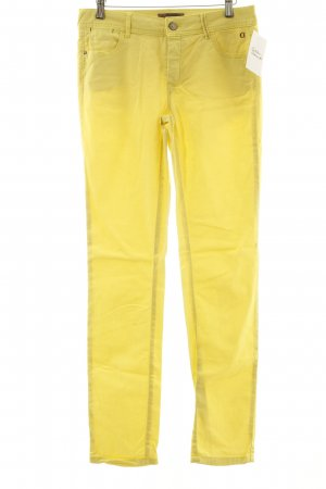 Comma Slim Jeans neongelb Street-Fashion-Look
