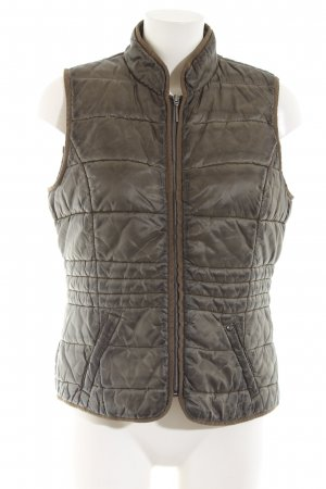 Comma Quilted Gilet khaki quilting pattern casual look