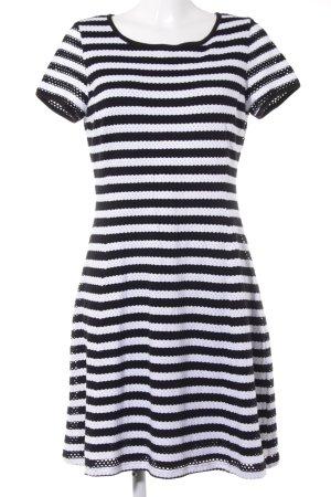 Comma Stretchkleid schwarz-weiß Punktemuster Casual-Look