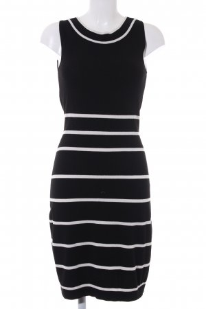 Comma Strickkleid schwarz-weiß Streifenmuster Casual-Look