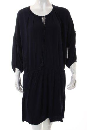 Comptoir des Cotonniers Kleid dunkelblau Street-Fashion-Look