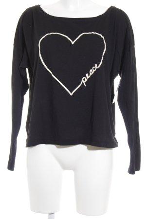 Conleys Longsleeve schwarz-creme Herzmuster Street-Fashion-Look