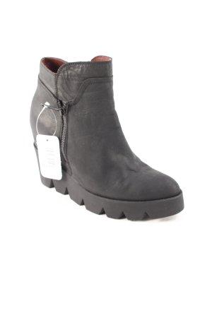 Conleys Plateau-Stiefeletten schwarz extravaganter Stil