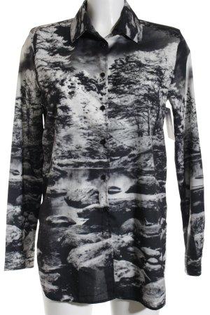 Conleys Transparenz-Bluse schwarz-weiß florales Muster Street-Fashion-Look