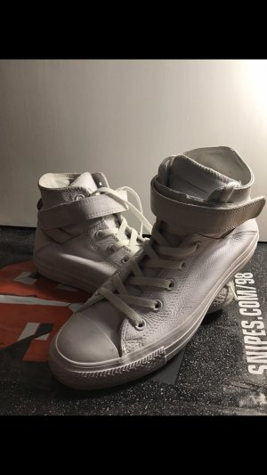 Converse Lace-Up Sneaker white leather