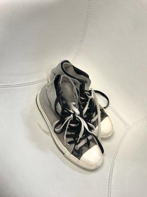 Converse All Stars in grau weiß
