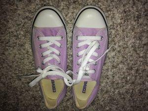Converse Chucks lila