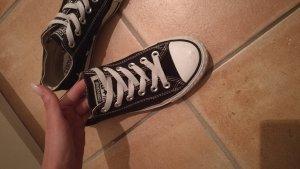 Converse Chucks low schwarz
