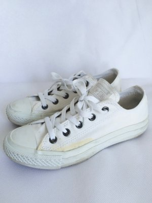 Converse Chucks monochrome white