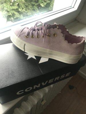 Converse High Top Sneaker light pink